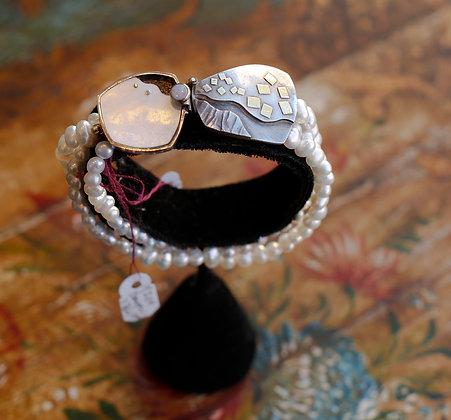 Vintage Rare Design Gold Pearl Bracelet