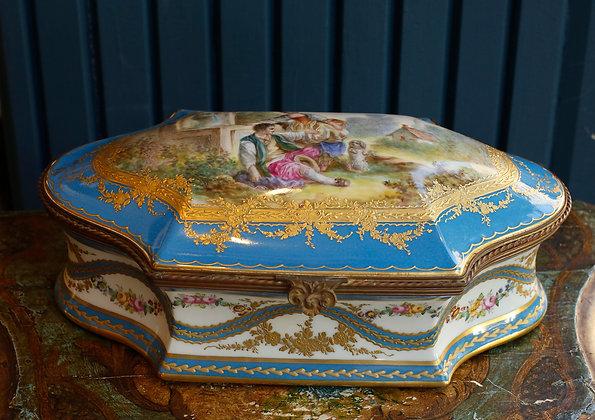 Pastoral Painted Vintage Large Porcelain Box