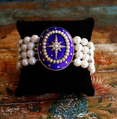 14K Bracelet with oval Enamel Cabochon