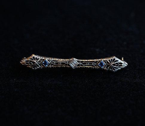 14K Gold Center stone Diamond and 2 Aquamarine filigree Pin