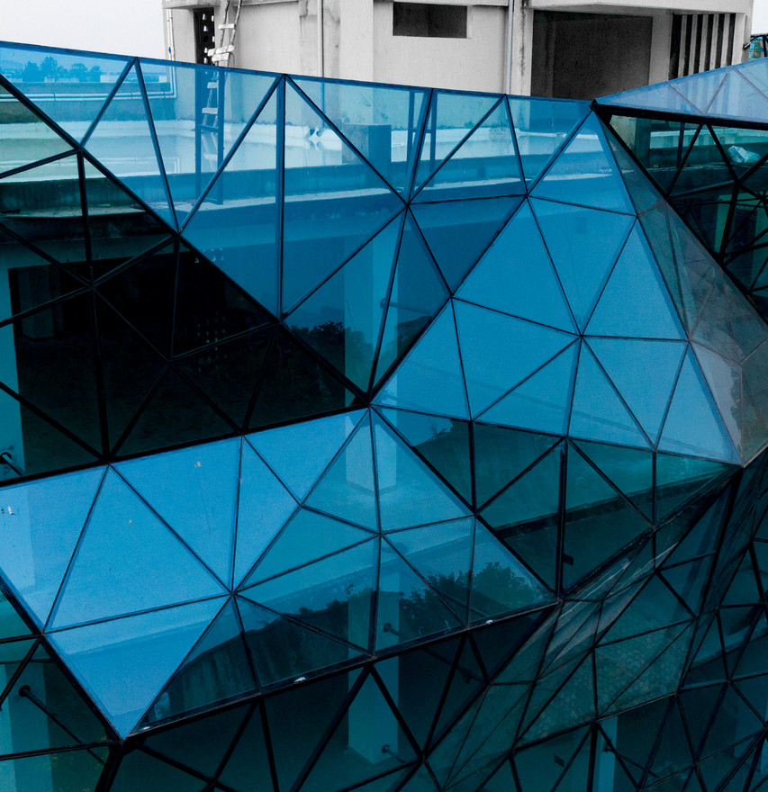 06_blue-crystal_ajpg