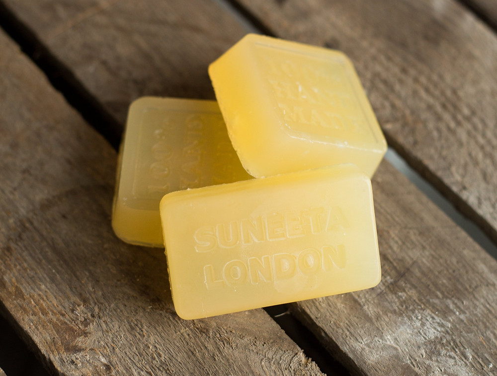 Frankincense, Lavender + Hemp Shampoo Bar, £4, wearebee.co.uk