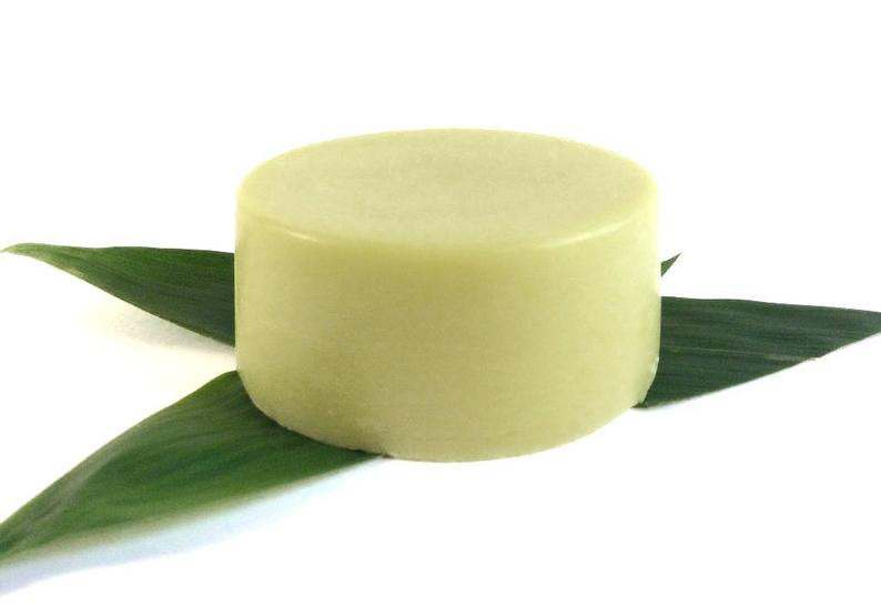 Avocado Oil Hair Conditioning Bar, 50g, £9.95. wearebee.co.uk