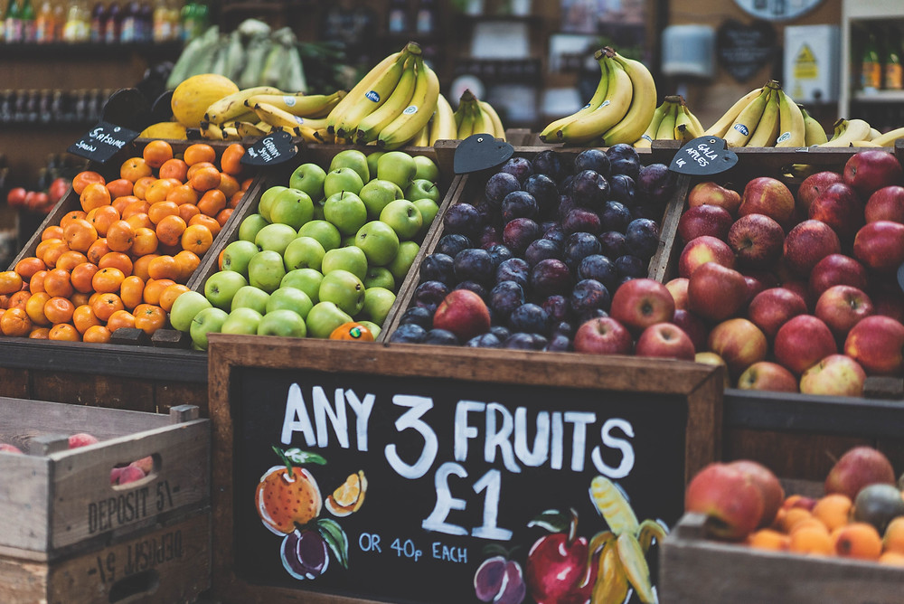 How to go plastic free: look for loose fruit and veg in your local supermarket, farmers' market or organic shop.