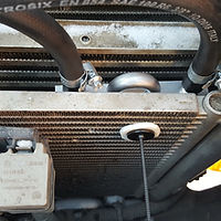 крепление радиатора акпп