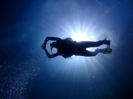 ダイビングで必要スキルはコレ!中性浮力の保ち方