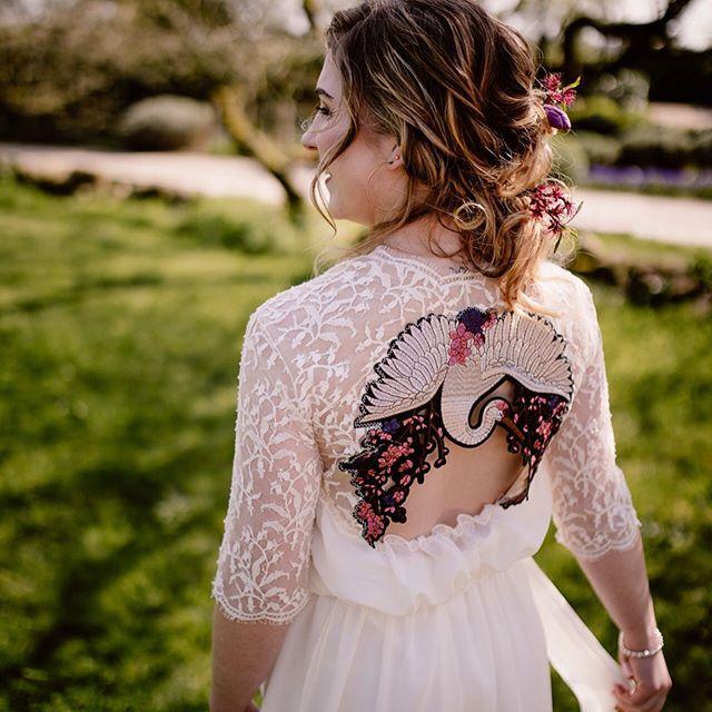 Robe de mariée dos nu brodé