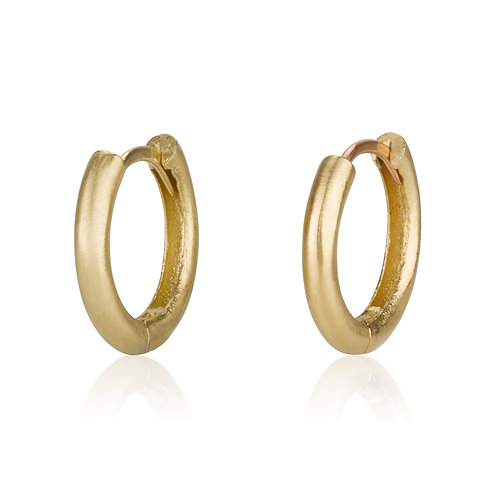 Classic Baby Hoop Earrings , a chic look for everyday. The earrings were made to wear for a lifetime.