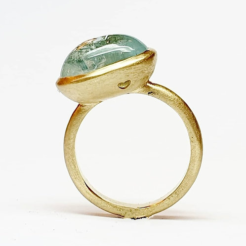 Medium Signet Aquamarine Ring