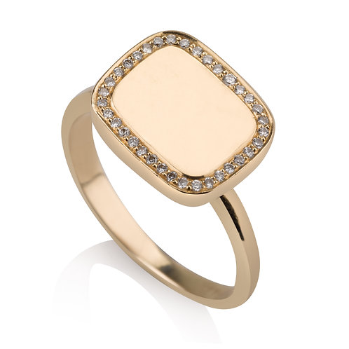 Rectangle Signet Ring With Diamonds