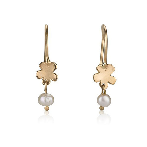 Dainy Flower Earrings with Pearls