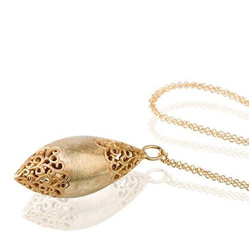 LACE Large Egg pendant Necklace