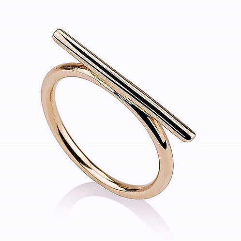 This Bar Ring has a chic modern look.  The Ring is handmade of 14k gold