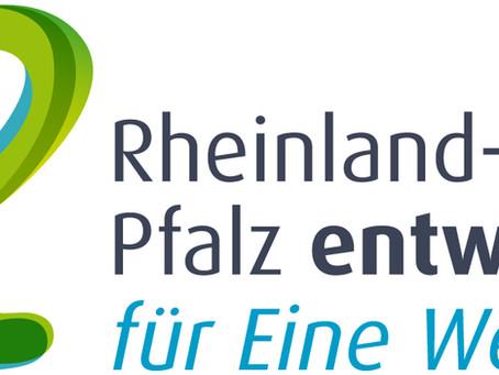 12.11.2021 Ruandische Frauen in Deutschland – vom Traum zur WirklichkeitOnlinelesung mit Tete Loepe