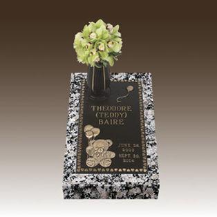 Bronze-Infant-Memorial-Teddy-Bear-Design