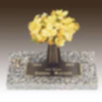 Bronze-Infant-Memorial-Crecent-Design.jp