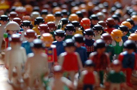 Group_of_playmobil