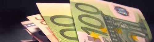 46513-billets-dollars-euros-argent