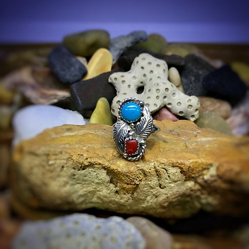Vintage Southwestern Turquoise and Coral Ring