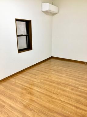 昭和町居室1.jpg