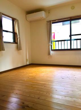 昭和町居室2.jpg