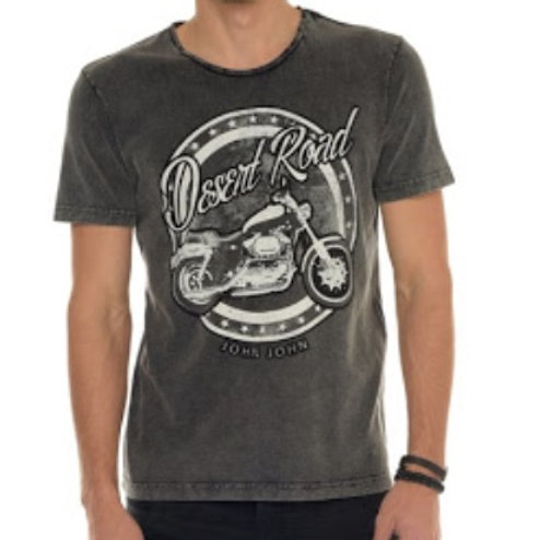 Camiseta John John com tema Road
