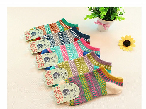 Kit com 5 pares de meias socket de algodão
