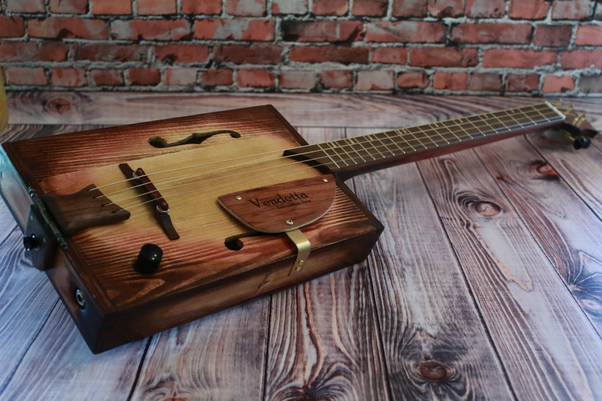 """Сигарбокс гитара """"Vendetta"""""""