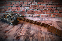 "Сигарбокс гитара ""Dirty Molly"""