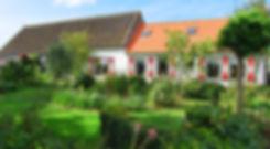 Voortuin van bed and breakfast 't zoete peerd in Groede, Zeeuws-Vlaanderen