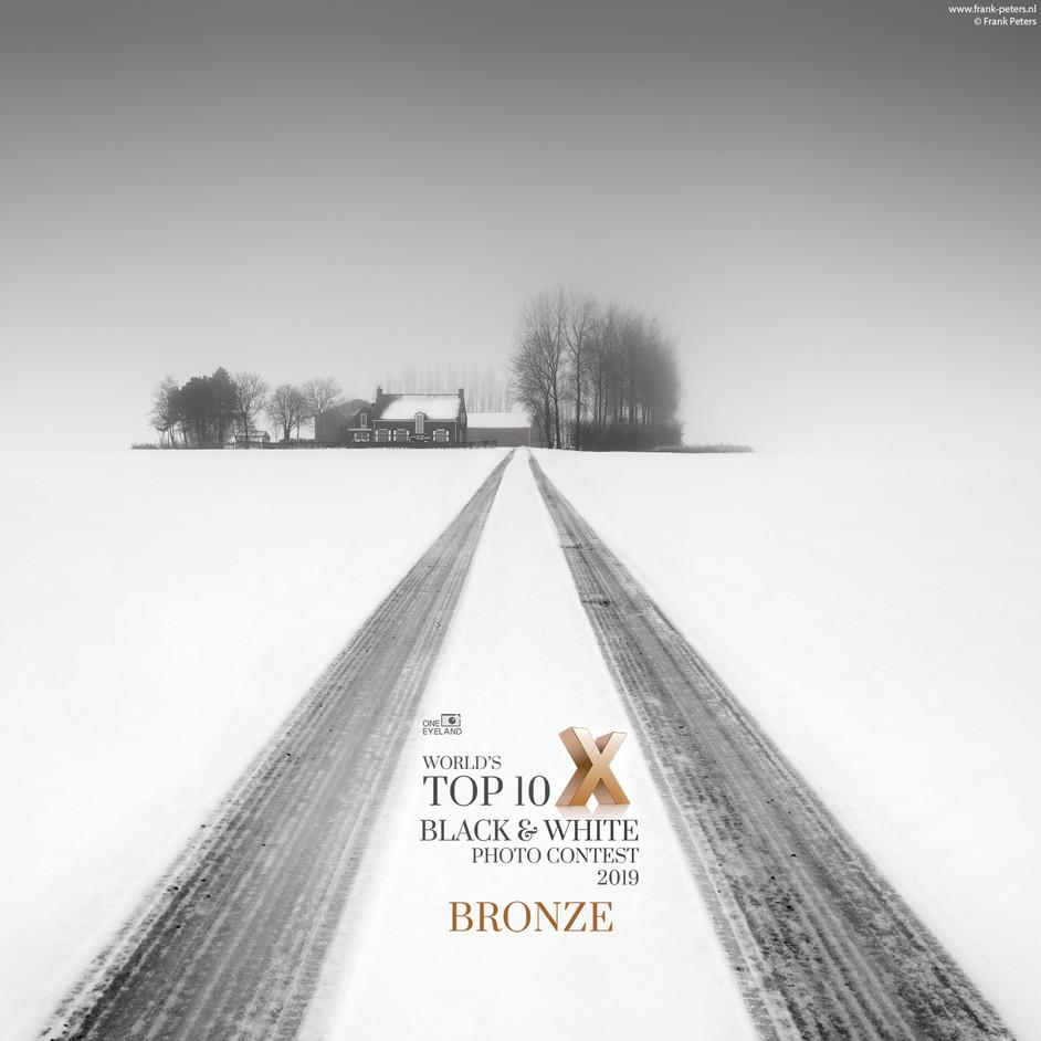 Bronze in World's top 10 B&W photo contest