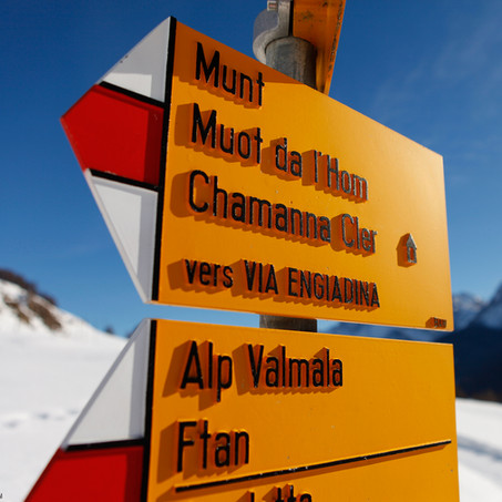 Signs, Ardez, Unterengadin, Switzerland