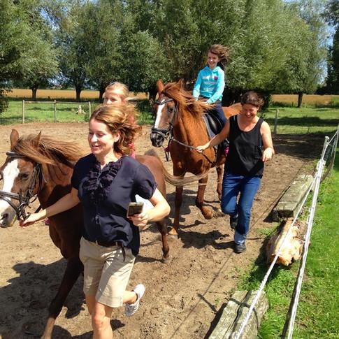 Foto serie: Paardrijden en paarden verzorgen