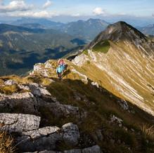 Mountaineers, Hinteres Sonwendjoch, Tyrol, Austria