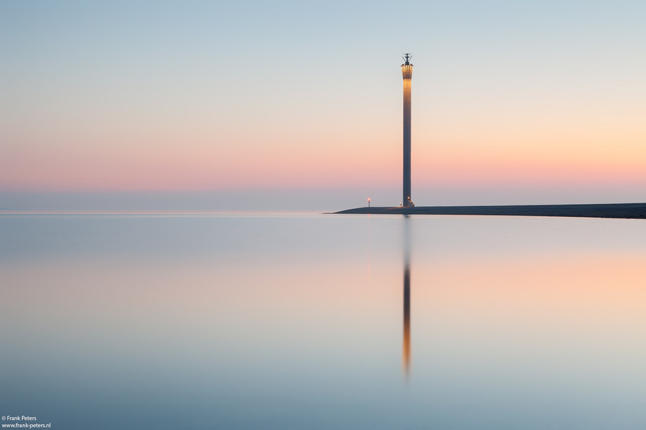 'The Needle' published on 1X.com