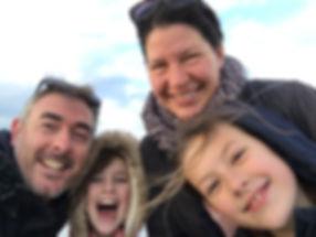 Selfie familie papa mama Lisa Sanne klei