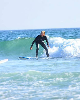 Surf lessons for beginners in Milfontes.
