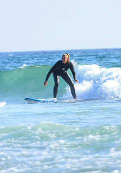 Surf lessons for beginners in Milfontes