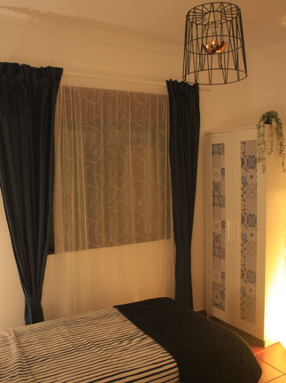 Twin room with two single or one double