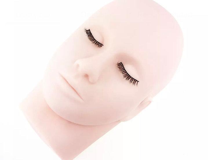 MANNEQUIN  HEAD w/training lashes