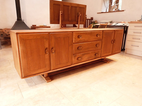 Ercol Grand Windsor (595) Long Sideboard, Light Finish