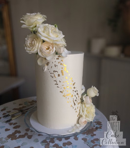 Smooth Buttercream with Gold Leaf and Flowers