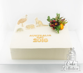 Textured Buttercream with Flowers and Australian Animals