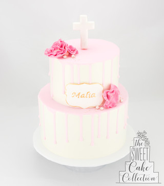 Smooth Buttercream with Drip, Sugar Flowers and Name Plaque