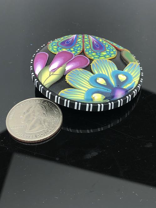 Three flower applique button