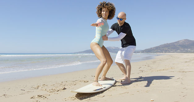 Best surfing lessons in los angeles Santa Monica