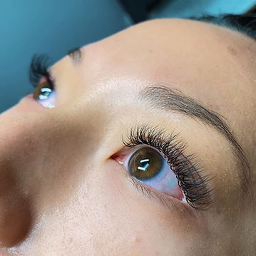 Hyrbrid Eyelash Extensions