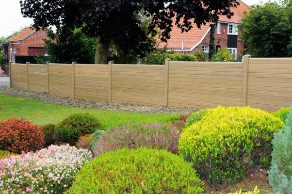 composite garden fencing