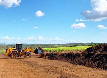 Compost-Pad-Oreco-Tractor-Bulk-Landscapi