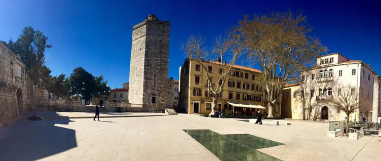 Zadar - Trg pet bunara